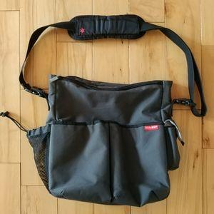 Skip Hop Duo Signature Messenger Diaper Bag